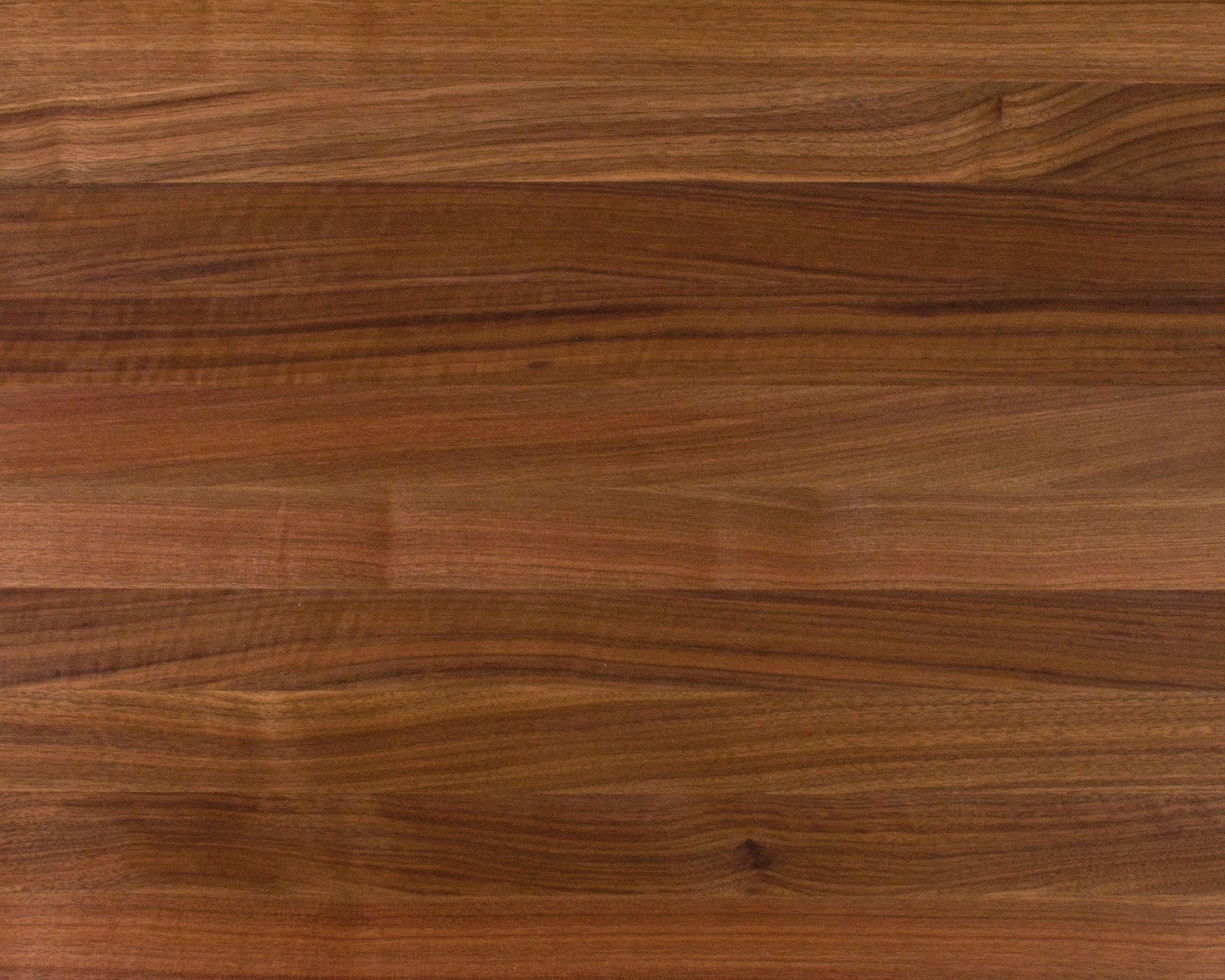 Edge-Grain Walnut Countertops