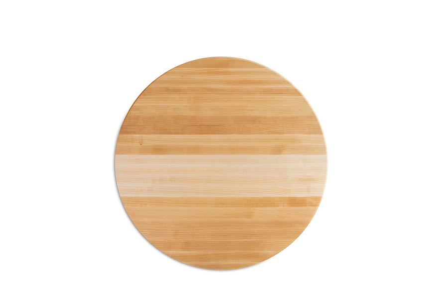 edge-grain maple round cutting board