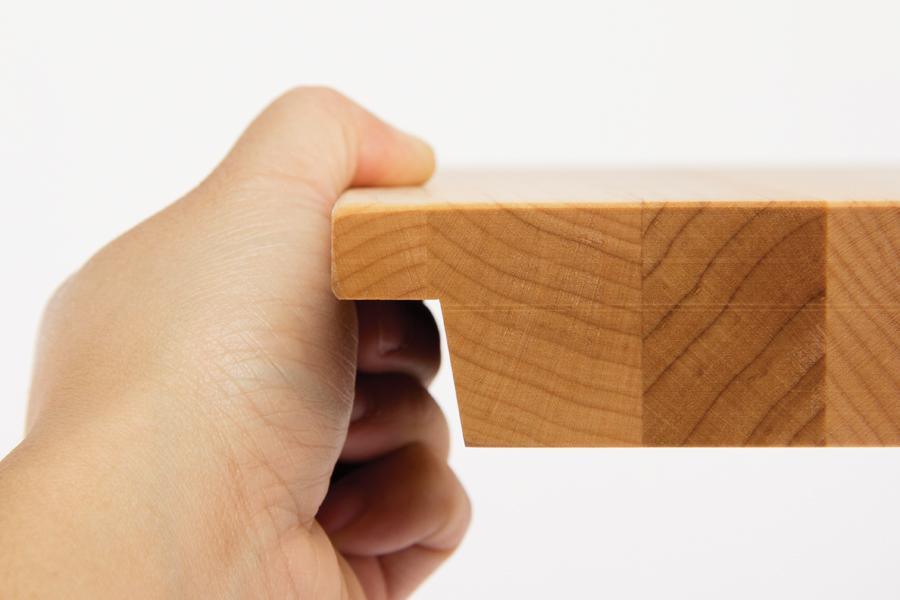 i block cutting board end shot