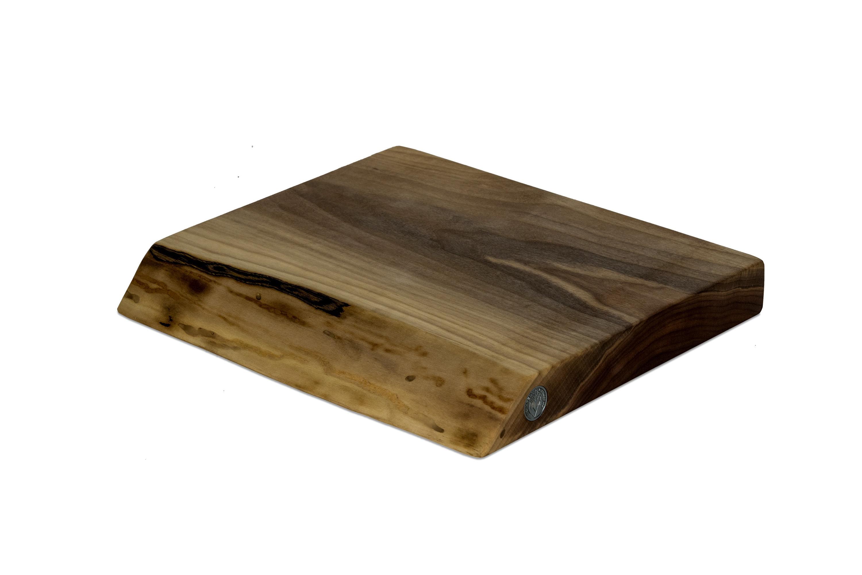 Live Edge Walnut Cutting Board #114 - 14.5